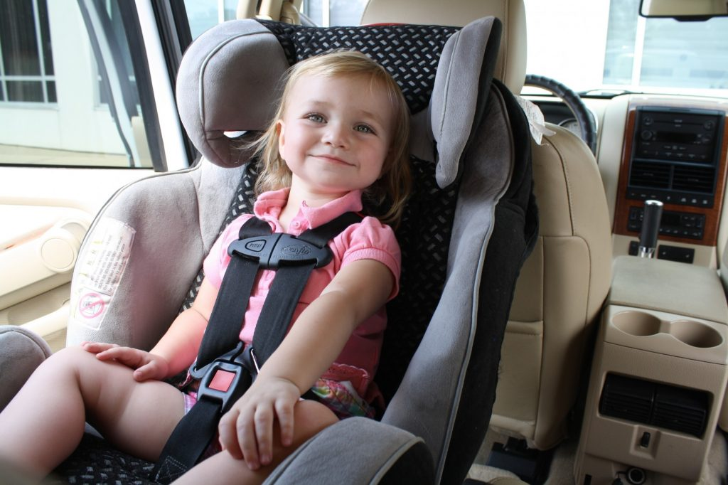 airport taxi with child car seats